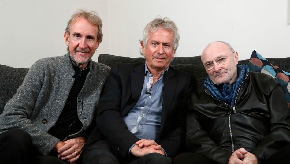 Drei ältere Herren auf Rockmusik-Tournee: Mike Rutherford, Tony Banks und Phil Collins (v.l.) von Genesis