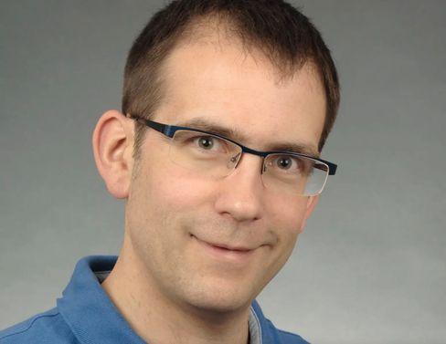 Der Hygieneexperte Ralf-Peter Vonberg empfiehlt alkoholische Desinfektionsmittel zur Desinfektion von Kameras