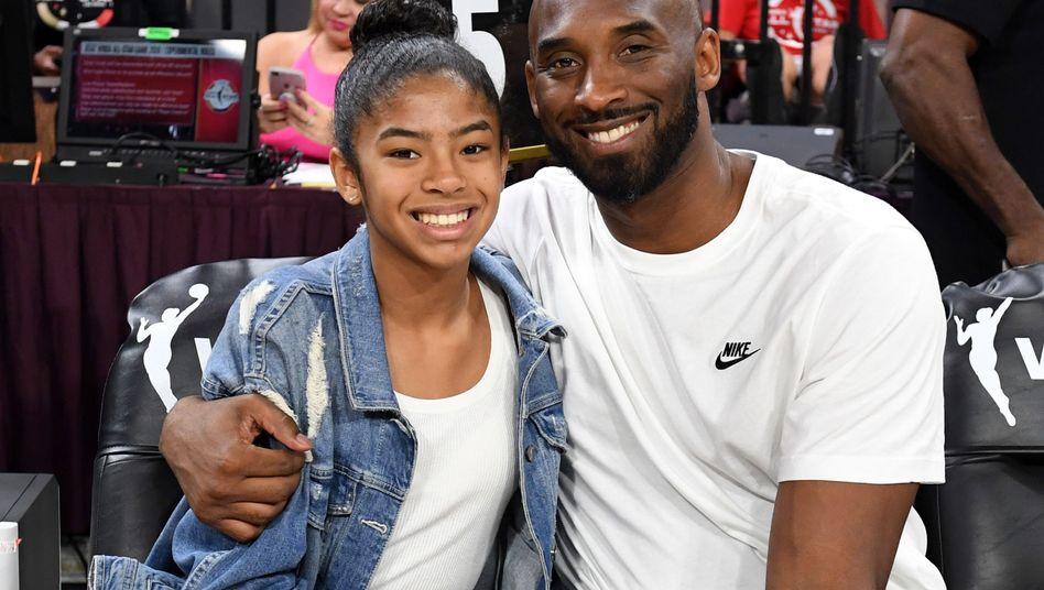 Hubschrauberabsturz in Kalifornien: Auch Kobe Bryants 13-jährige Tochter stirbt bei Unglück
