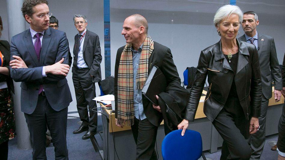 Euro-Gruppen-Chef Dijsselbloem (l.), Varoufakis: Freundschaft sieht anders aus