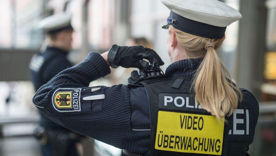 Polizistin in Bayern (Symbolbild)