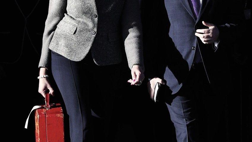 Britische Premierministerin May mit Handelsminister Liam Fox