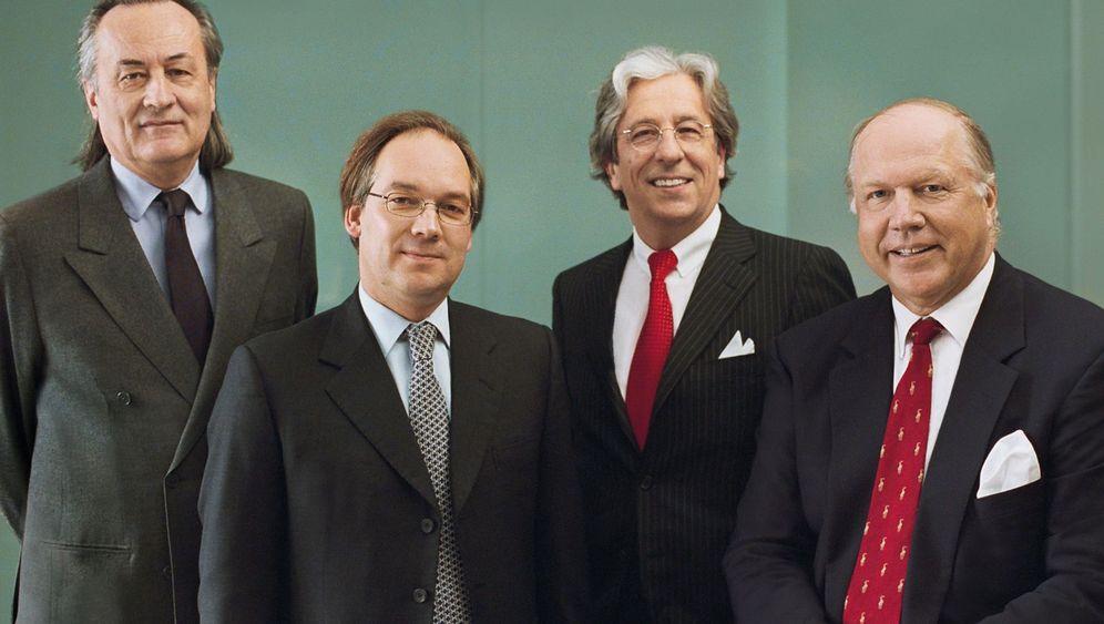 Oppenheim-Prozess: Vier Banker auf der Anklagebank