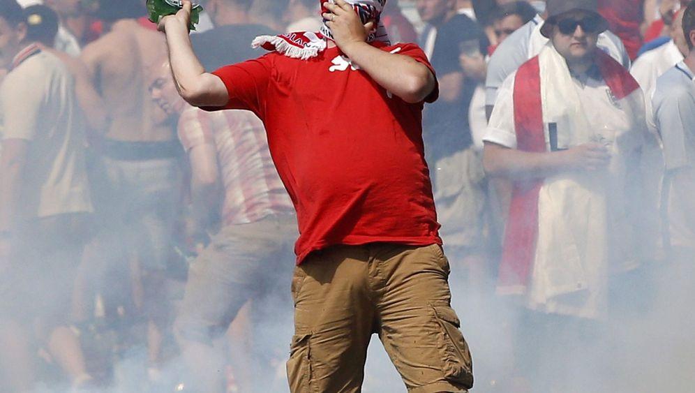 Krawalle in Marseille: Tränengas auf Fans