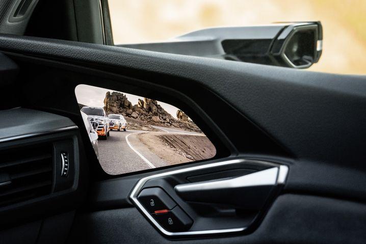 Kameras statt Außenspiegel beim Audi e-tron
