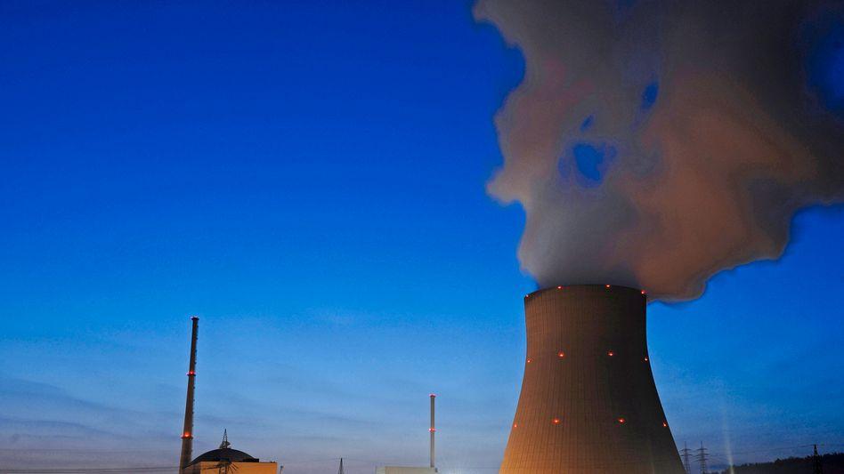 Spitzentreffenim Kanzleramt: Schwarz-Gelb wählt Atomausstieg mit Notreserve