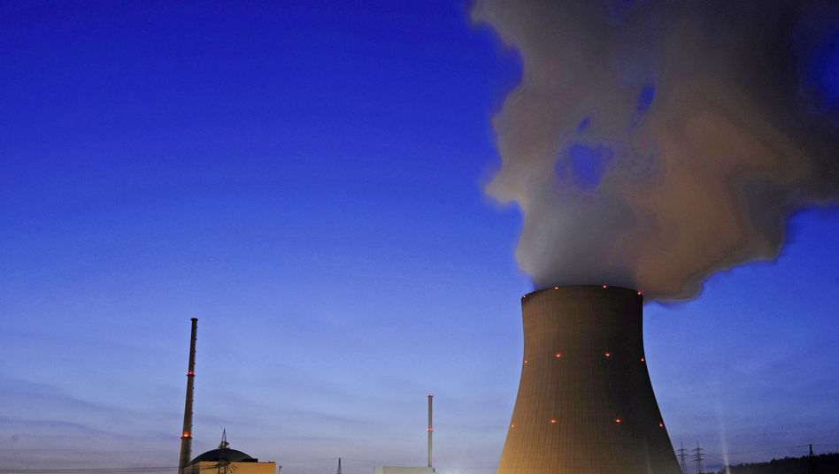 The German government has decided to shut down the country's nuclear plants by 2022.