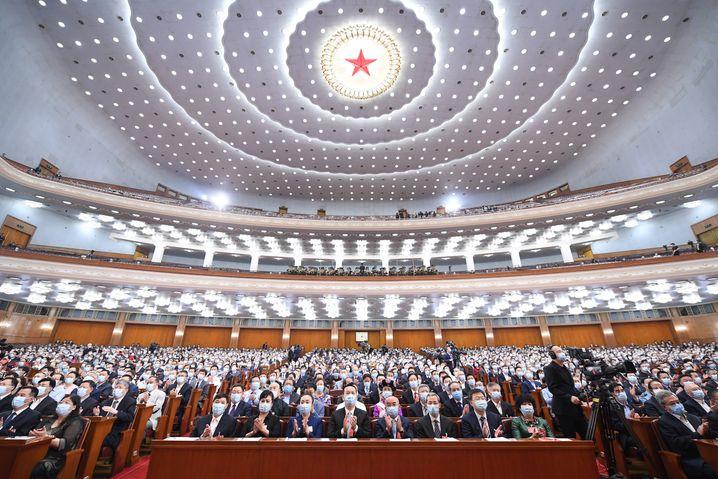 Volkskongress in Peking: Krise ist überwunden, China meldet sich zurück