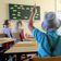 Bayerns Grundschullehrer sollen eine Stunde mehr arbeiten