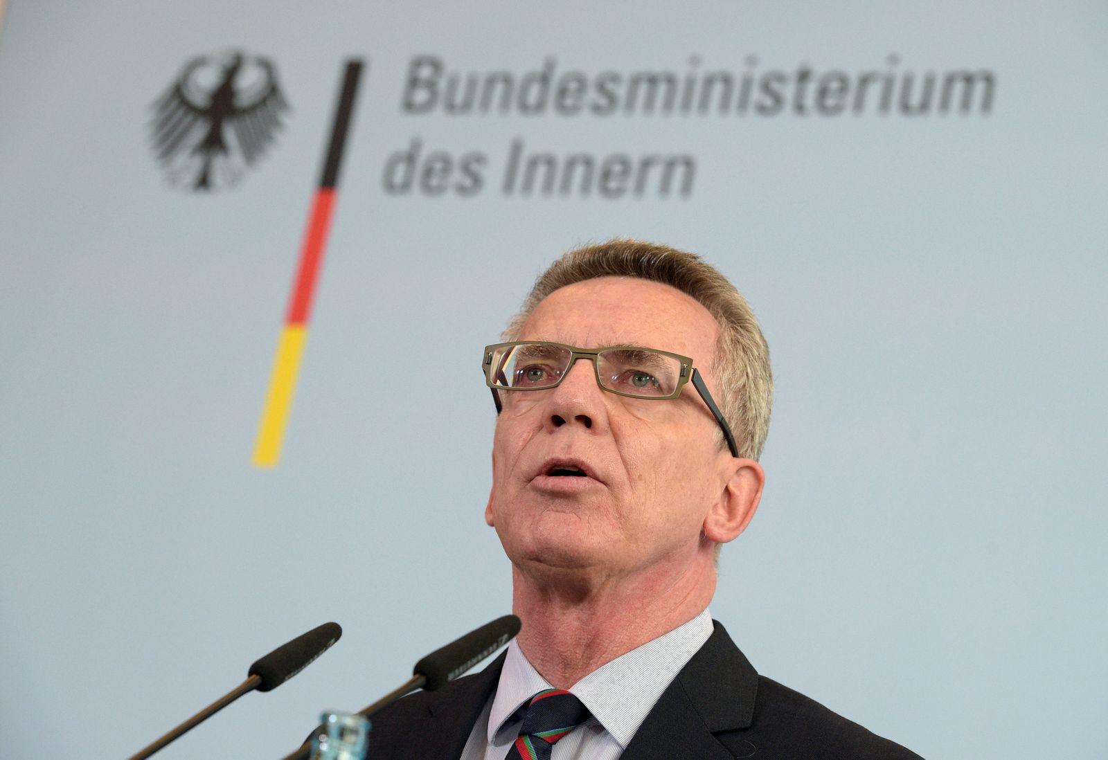 Bundesinnenminister de Maiziere zu Flüchtlingszahlen