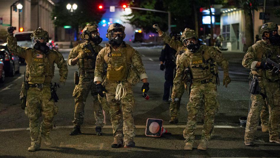Nicht identifizierbar, nicht erwünscht: Bundespolizisten in Portland