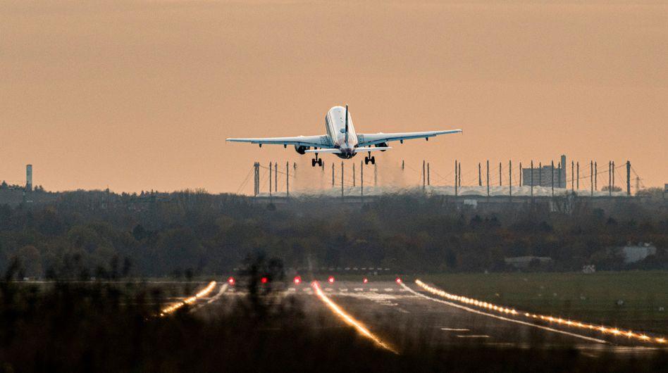 Abheben am Hamburg Airport: »Positiv ist, dass die Reisenachfrage nach Ferienende nicht signifikant zurückgeht«