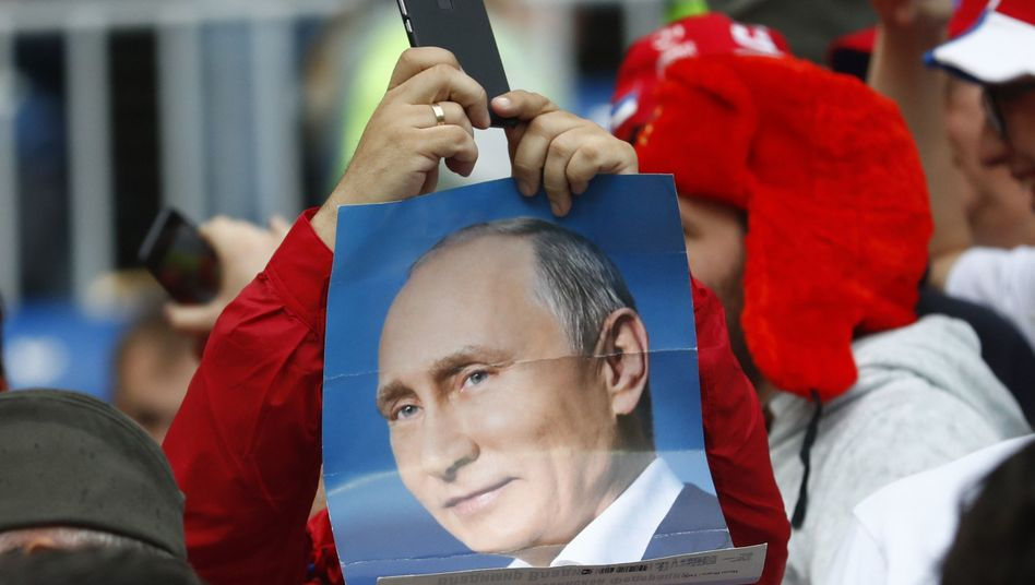 Putin-Poster im WM-Stadion