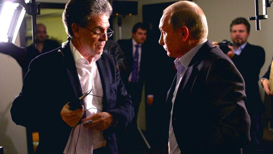 Hubert Seipel (l.) interviewt den russischen Staatspräsidenten Wladimir Putin