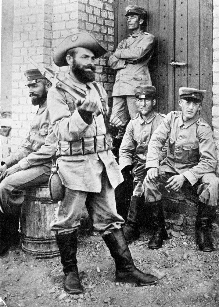 """Deutsche """"Schutztruppen"""" im damaligen Deutsch-Südwest-Afrika, heute Namibia (1904)"""