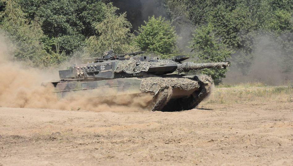 """""""Leopard 2""""-Panzer der Bundeswehr: Waffenembargo gegen Saudi-Arabien"""