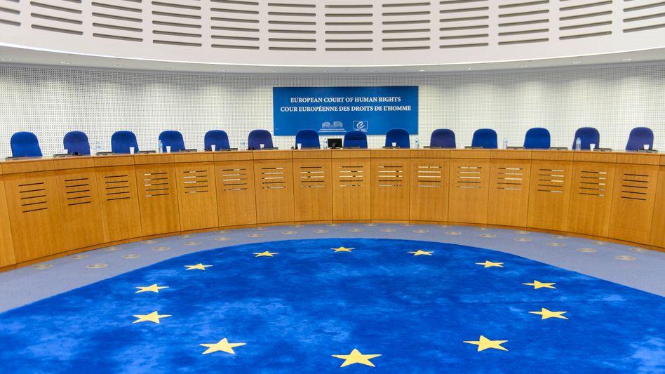 Europäischen Gerichtshofs für Menschenrechte: Per einstweiligen Verfügung hat der EGMR die Abschiebung zeitweise gestoppt