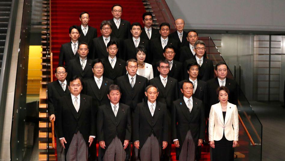 Japans Kabinett im September 2020: Männliche Dominanz