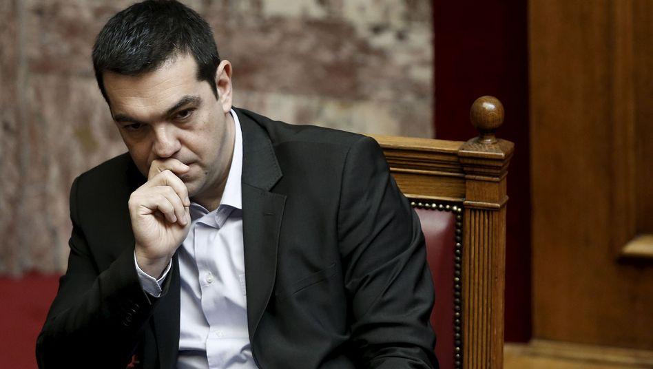 Tsipras im griechischen Parlament: Höhere Steuern sollen Merkel überzeugen