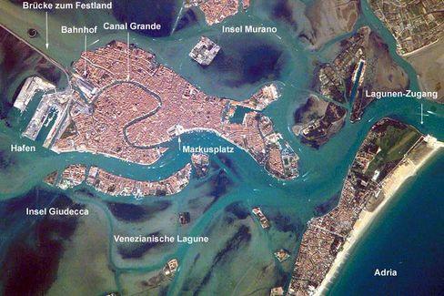 Venedig aus dem All: Stadt sackt immer weiter ab
