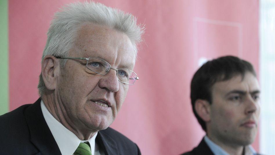 Designierter Ministerpräsident Kretschmann, SPD-Mann Schmid: Rumpelige Verhandlungen