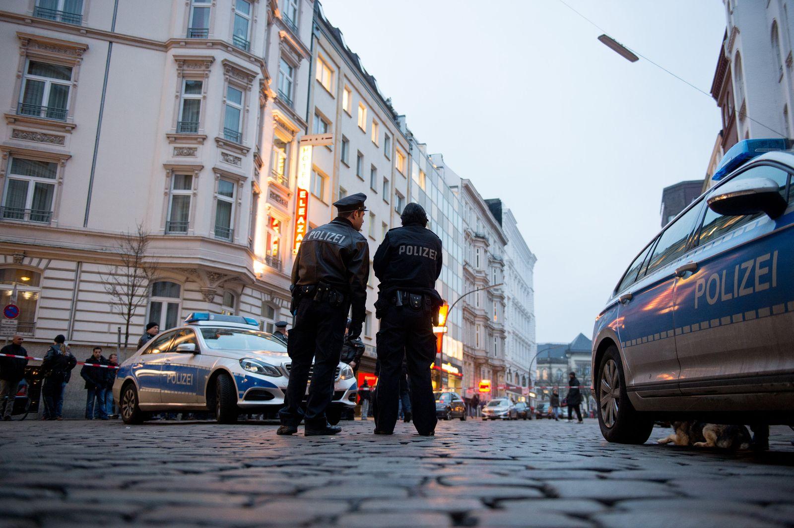 Polizist schießt Mann in Hamburg nieder