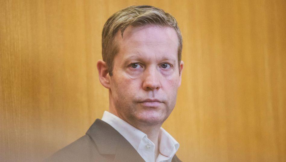 Stephan Ernst vor Gericht: In einer Vernehmung hatte er den Mord an Walter Lübcke gestanden, später jedoch widerrufen