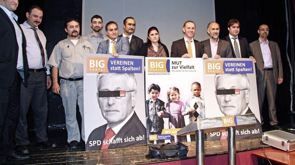 BIG-Wahlkämpfer in Berlin: Vorposten der türkischen Regierungspartei