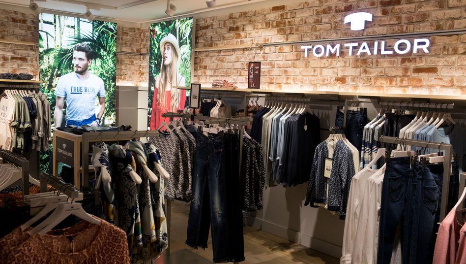 Filiale der Mode-Kette Tom Tailor: Problemfall bleibt die Konzern-Tochter Bonita