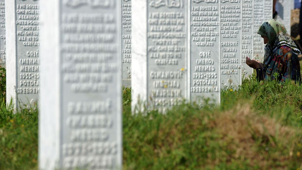 Photo Gallery: Laying Srebrenica to Rest