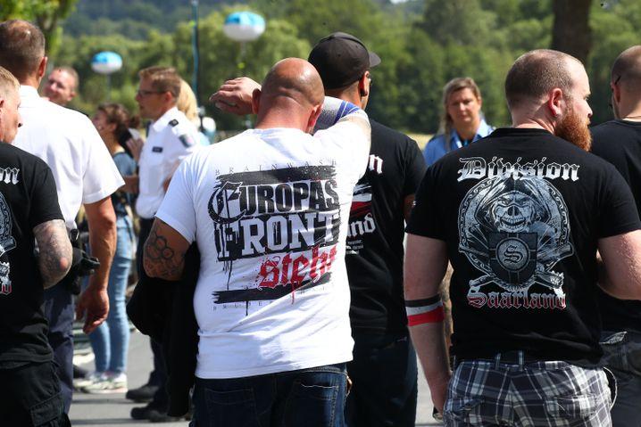 Rechtsrock-Festival in Themar: Sind hier auch Kita-Papas dabei?