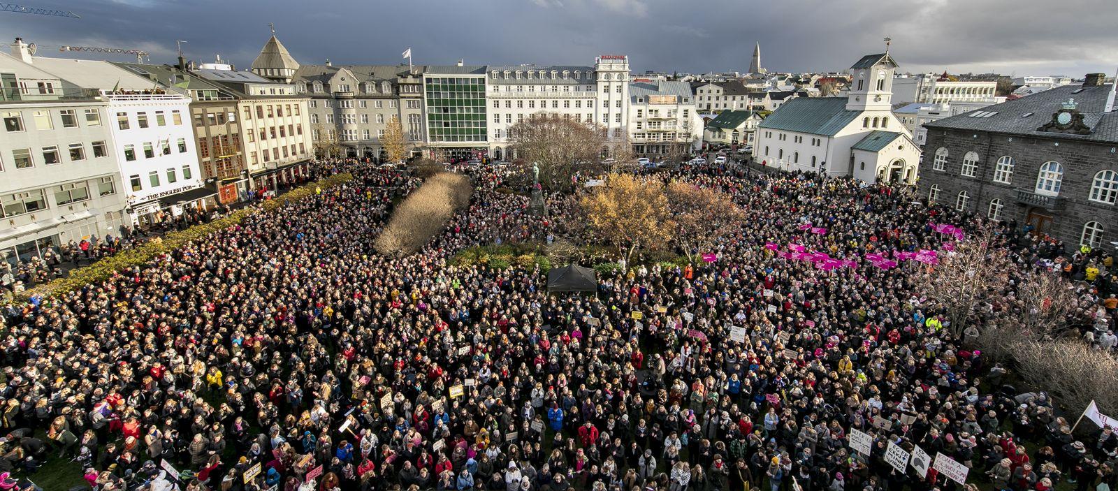 EINMALIGE VERWENDUNG Island/ Frauenstreik/ Gleichberechtigung 2016