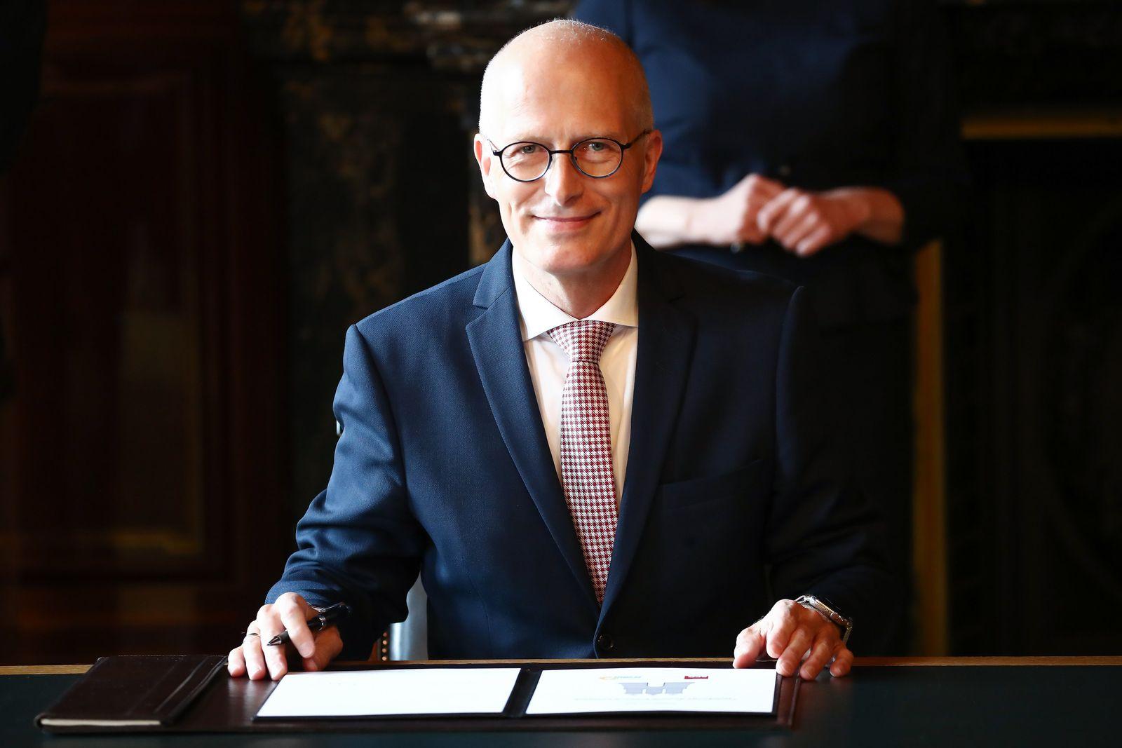 Unterzeichnung des rot-grünen Koalitionsvertrags