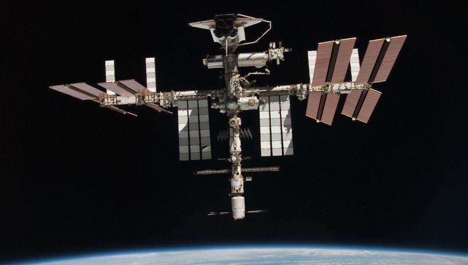 Internationale Raumstation (Mai 2011): Häufige Ausweichmanöver notwendig