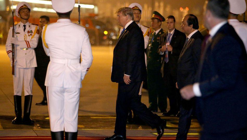 Trump auf dem Flughafen von Hanoi