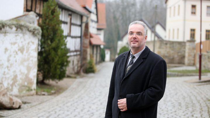 Beleidigt, bedroht, bekämpft: Attacken und Hass gegen Lokalpolitiker
