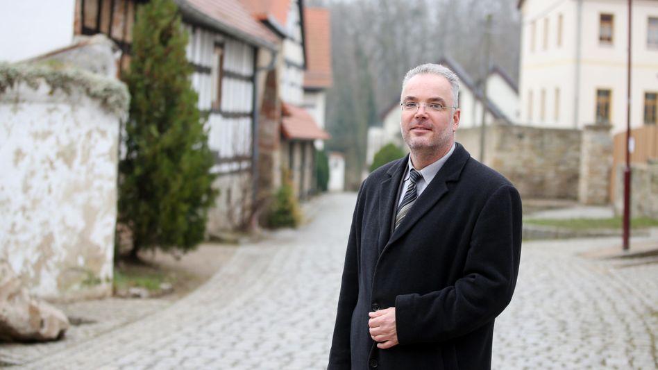 """Zurückgetretener Bürgermeister Nierth: """"Es gab eine regelrechte Explosion im Ort"""""""