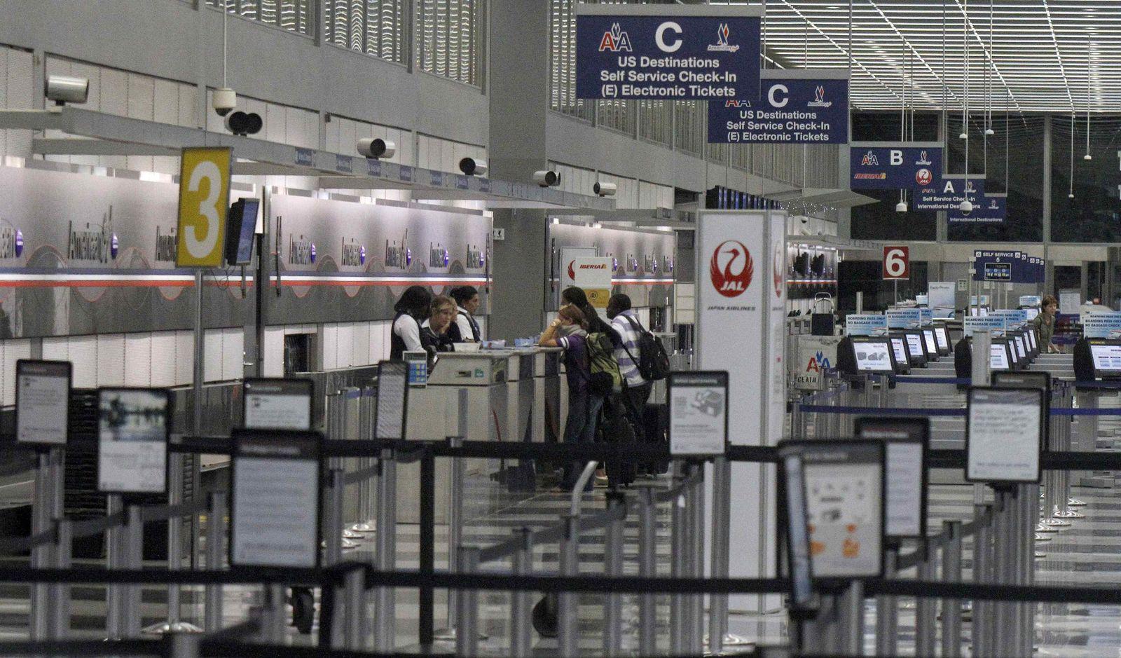 Irene / Airport