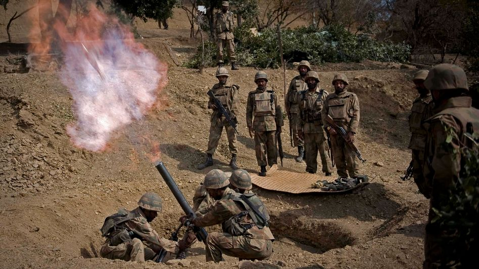 Pakistani soldiers in Waziristan are believed to have killed at least two German Islamist insurgents in the country.
