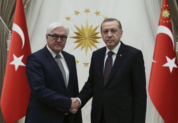 Damaliger Außenminister Steinmeier und Erdogan im November 2016 in Ankara