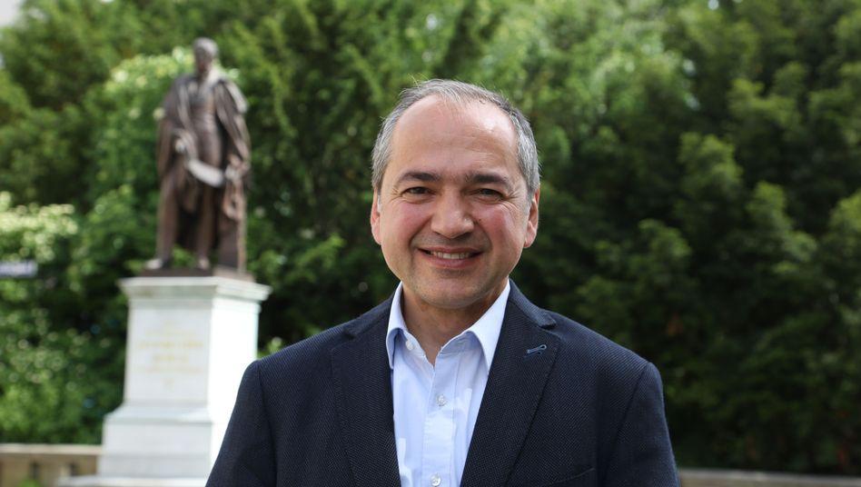 CDU-Oberbürgermeister-Kandidat Octavian Ursu
