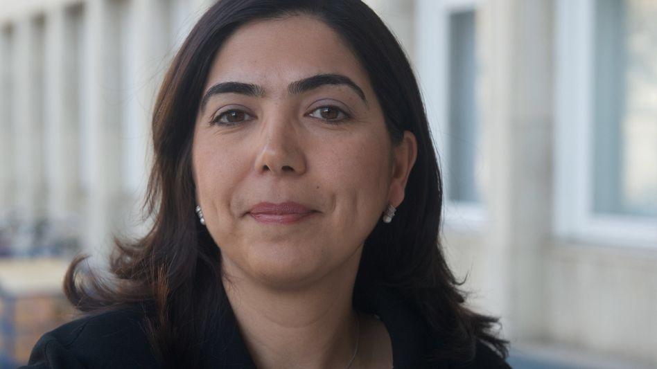 CDU-Frau Özkan: Parteifreunde sind wütend nach ihren Kruzifix-Äußerungen