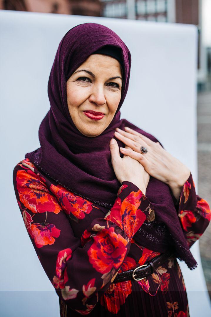 """Sima Hakim: """"In letzter Zeit habe ich aber auch große Angst mit meinem Kopftuch"""""""