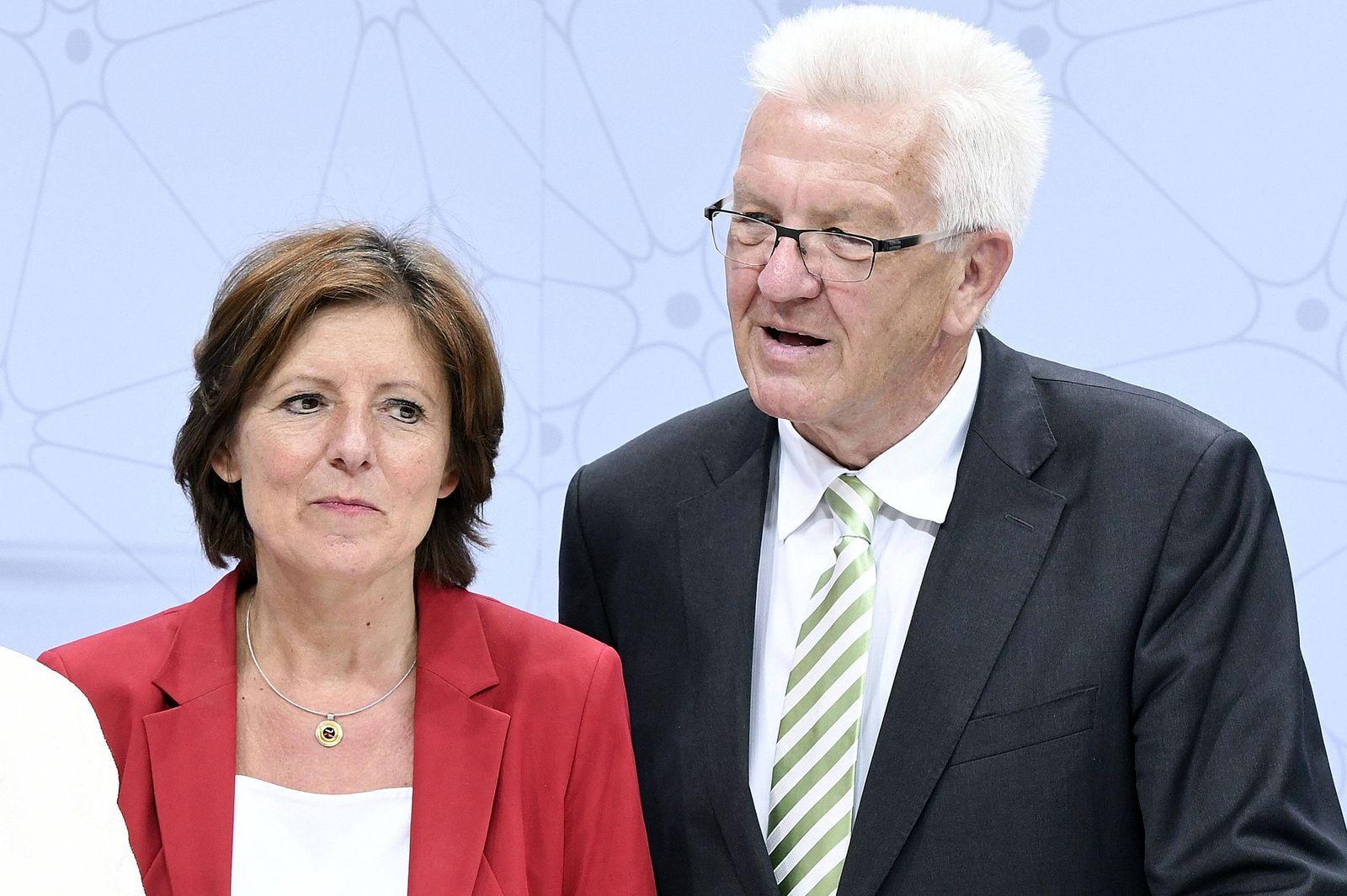 Angela Merkel, Malu Dreyer und Winfried Kretschmann beim Digital Gipfel 2017 im Pfalzbau. Ludwigshafen, 13.06.2017 Foto