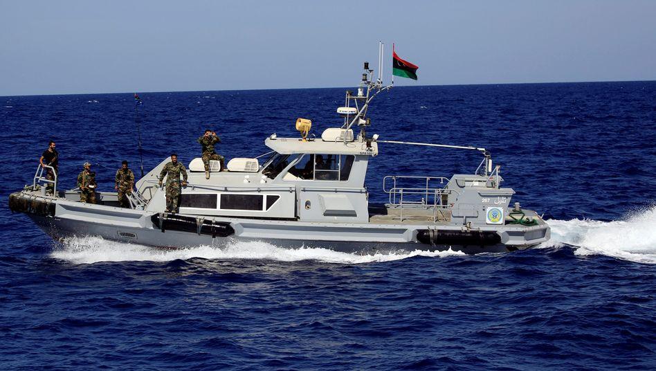 Libysche Küstenwache (Archivbild): Suche nach Überlebenden im Mittelmeer