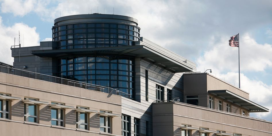The US Embassy in Berlin: Outrage is growing over American spying on Germany.