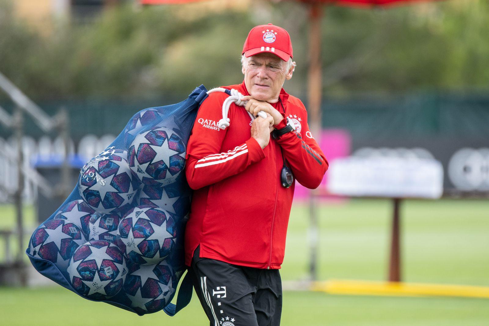 Co-Trainer Hermann Gerland vom FC Bayern
