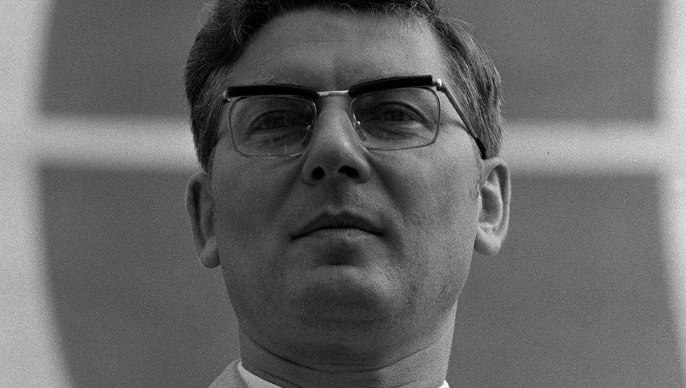 DDR-Funktionär Werner Lamberz: Der Tod des SED-Kronprinzen