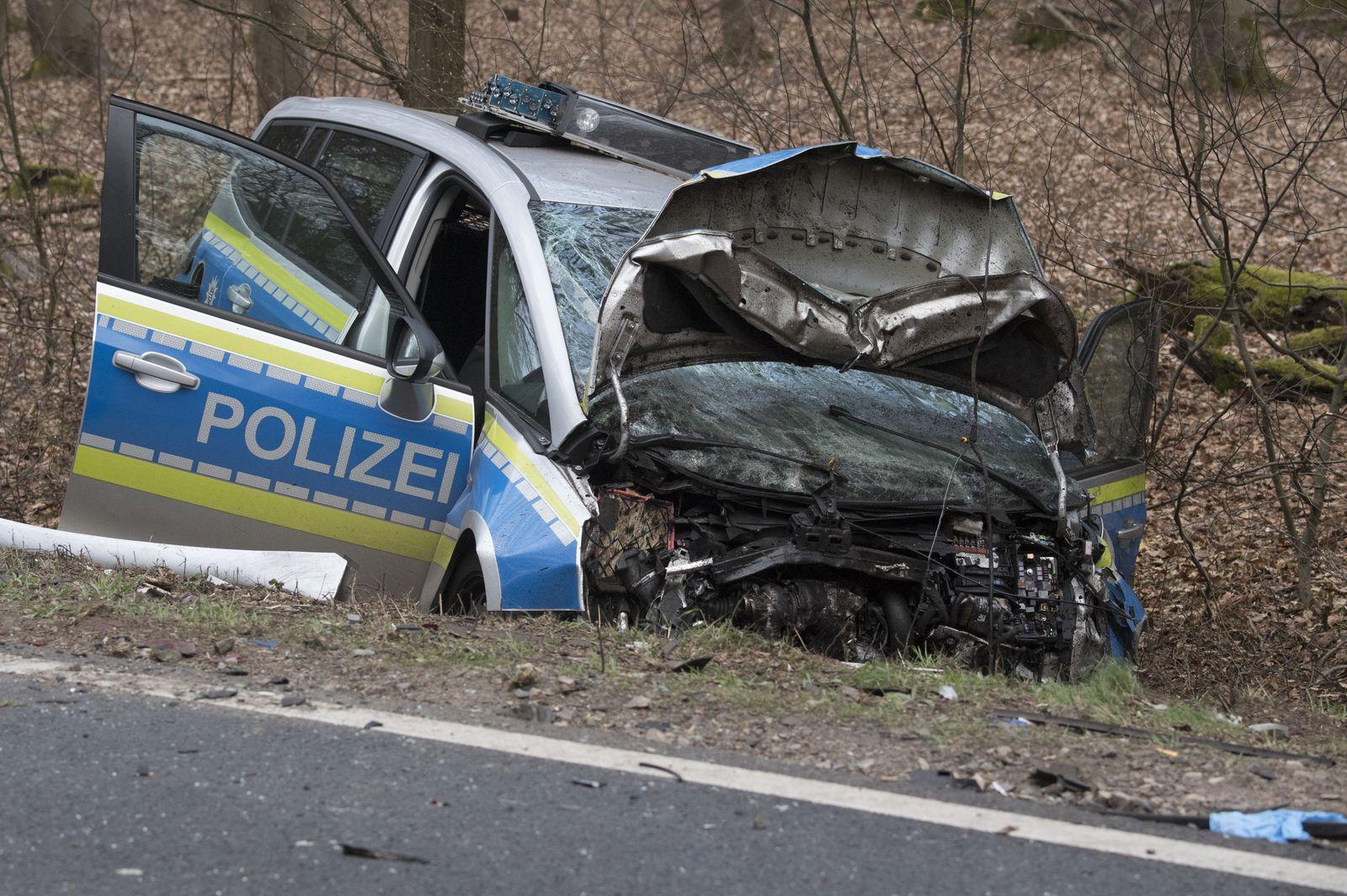 Unfall Streifenwagen