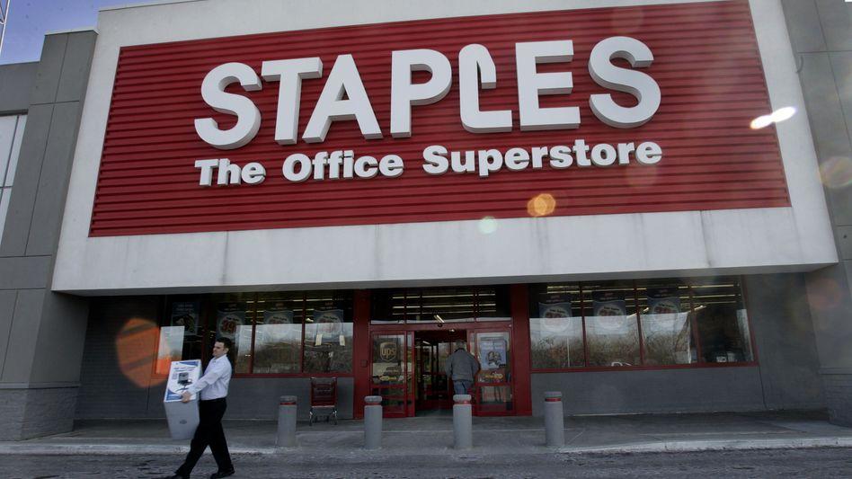 Staples-Filiale: Unbekannte konnten auf Kreditkartendaten zugreifen